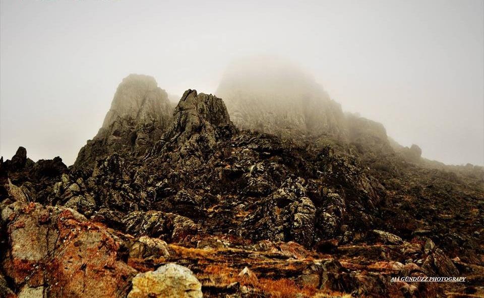 sisli kayalar - Sivrihisar Resimleri
